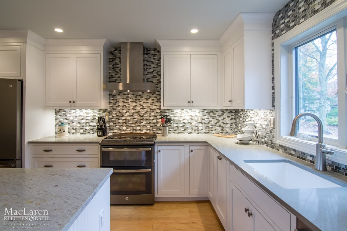 Dove Grey Quartz Perimeter and River White Granite Island